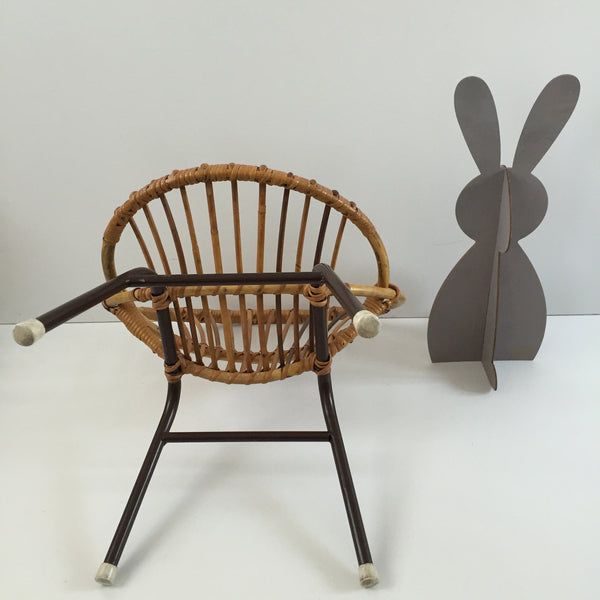 Vintage Rattan Wicker Kid's Chair Metal Feet - Fauteuil Rotin Enfant Vintage Pieds Metal- Free Delivery UK-Livraison Gratuite France