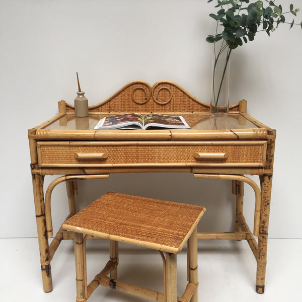 Vintage Wicker Desk/Dressing Table and Stool - Bureau/Coiffeuse et Tabouret Vintage Rotin - Free Delivery UK - Livraison Gratuite France