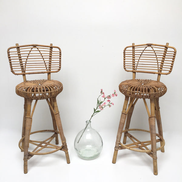 Pair of Vintage Boho Wicker Stools - Paire de Tabourets Vintage Rotin Boheme - Free Delivery UK & France