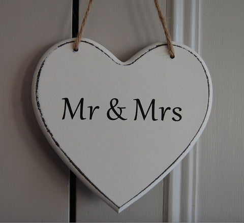 Mr & Mrs Gifts www.HouseSign.uk