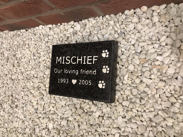 "Pet Memorial 8""x5"" Paw Granite House Signs www.HouseSign.co.uk"