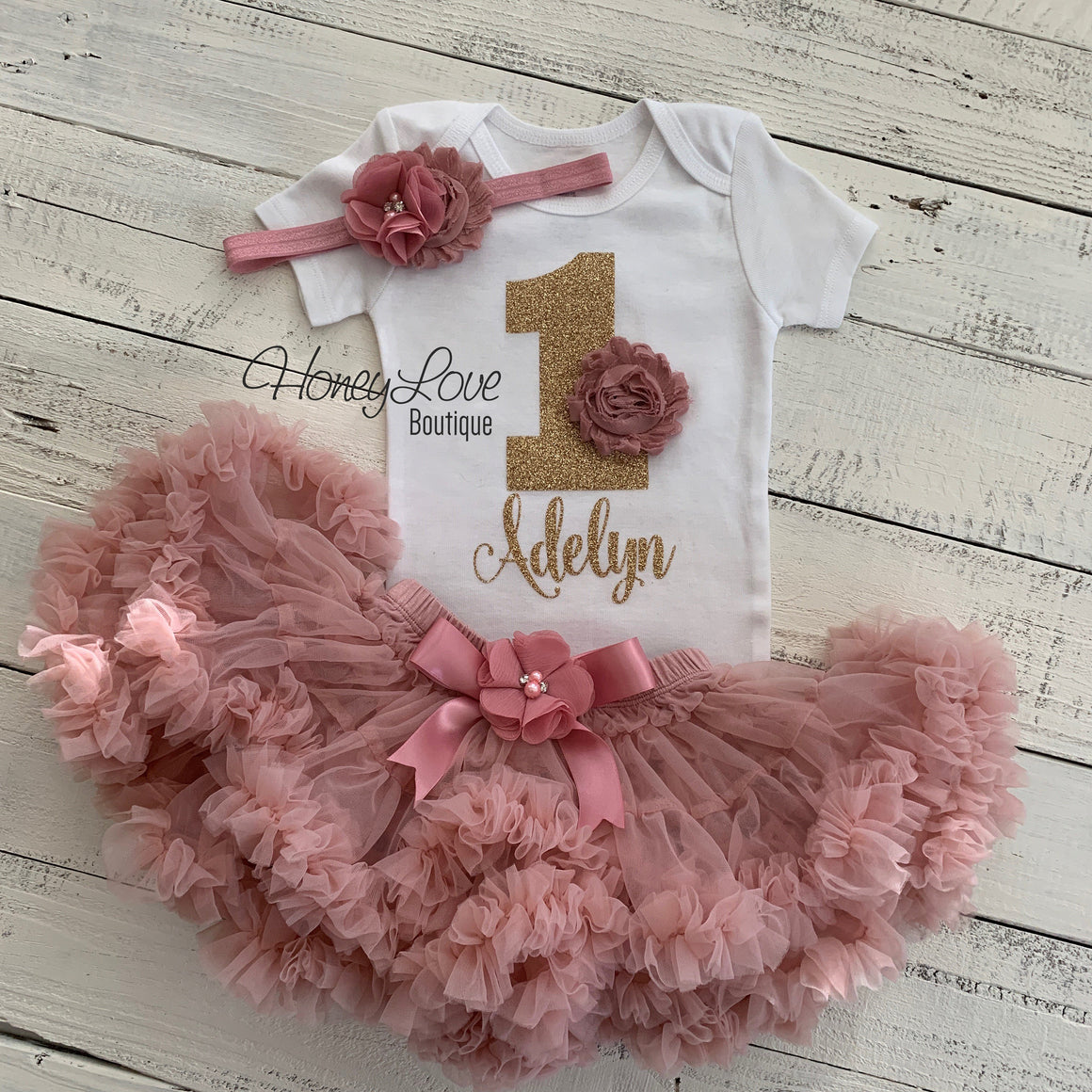 Personalized 1st Birthday Outfit - Vintage Pink and Gold glitter - HoneyLoveBoutique