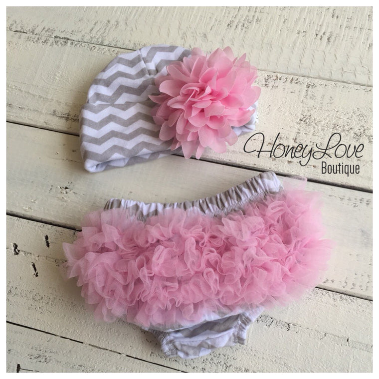 Newborn Take Home Outfit - Grey Chevron Bloomers, diaper cover, pink ruffle bottom, flower Newborn Hospital Hat - infant beanie - HoneyLoveBoutique