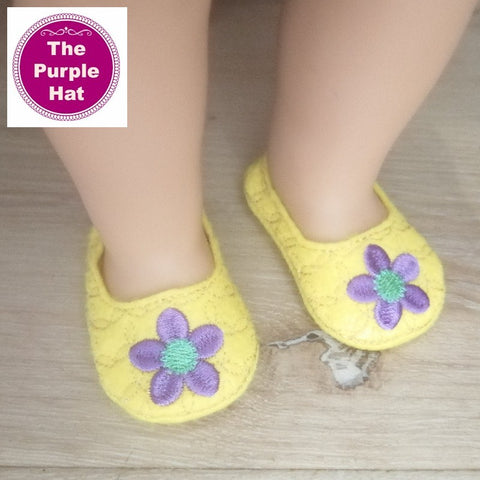 ITH Spring Flowers shoes or slippers for 18 inch doll 4x4