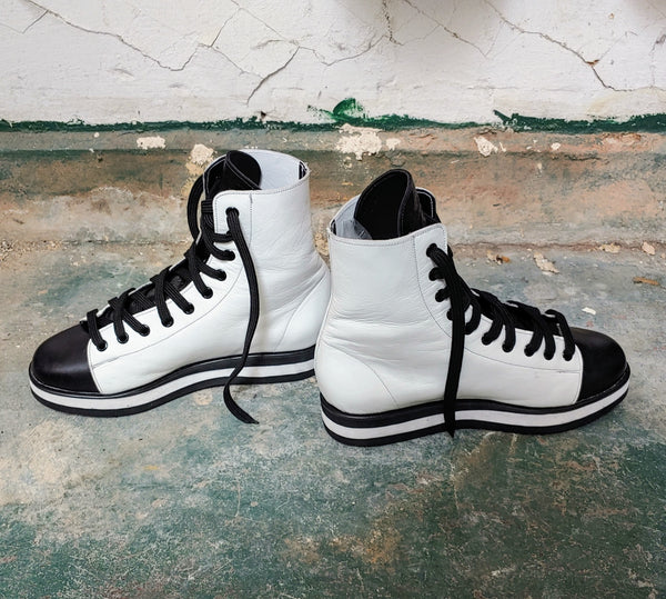2-Tone Hi Top Trainers