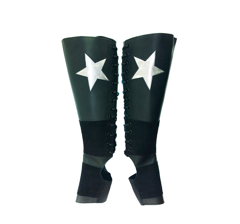 Black Aerial boots w/ Silver metallic STAR + Suede Grip