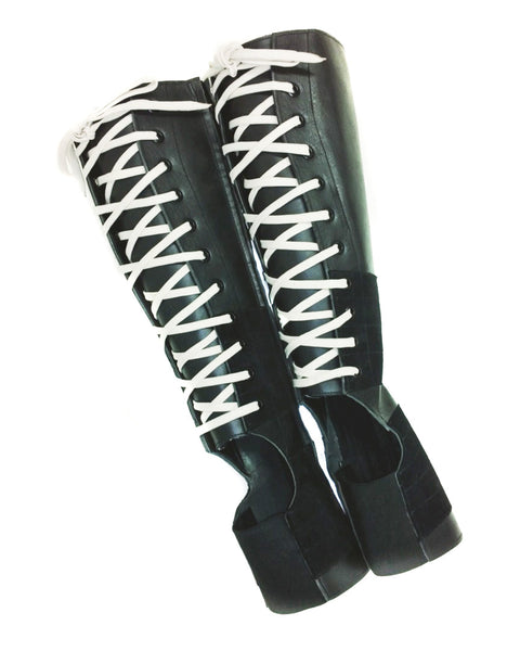 Black Aerial boots w/ COLOUR lacing + Suede Grip