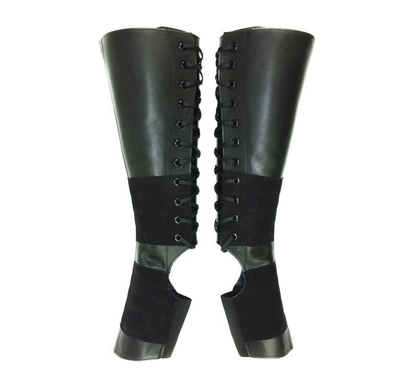 Classic Black Aerial boots w/ Suede Grip