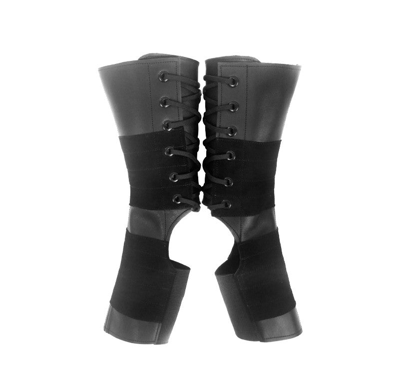 Short Classic Black Aerial boots w/ Suede Grip