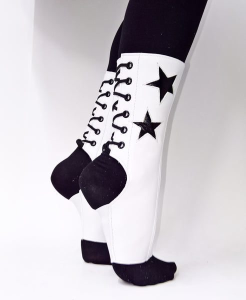 SHORT White Aerial boots w/ Black Stars