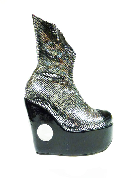 "PEEPHOLE Platform ""Collar"" Boots w/ Perspex hole"