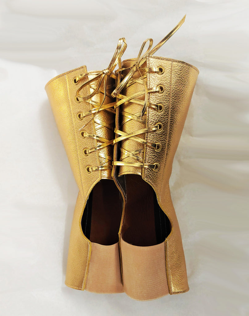 Short Aerial boots in GOLD w/ Gold laces