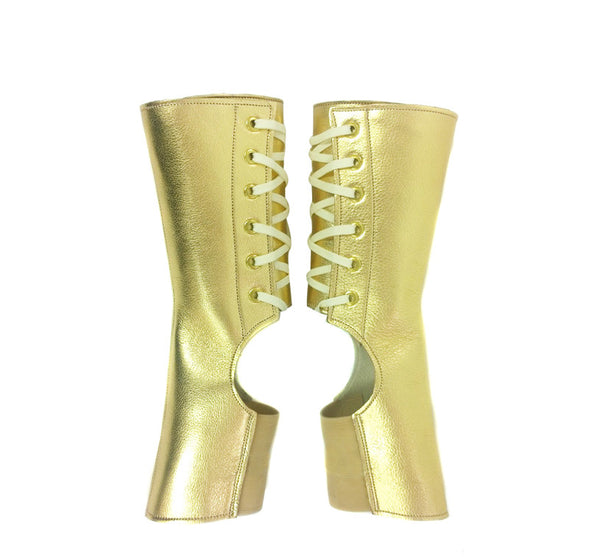 Short Aerial boots in GOLD