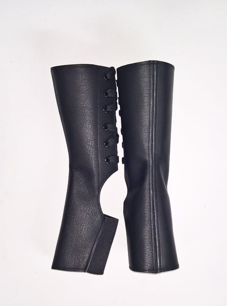 SHORT Classic Black Aerial boots