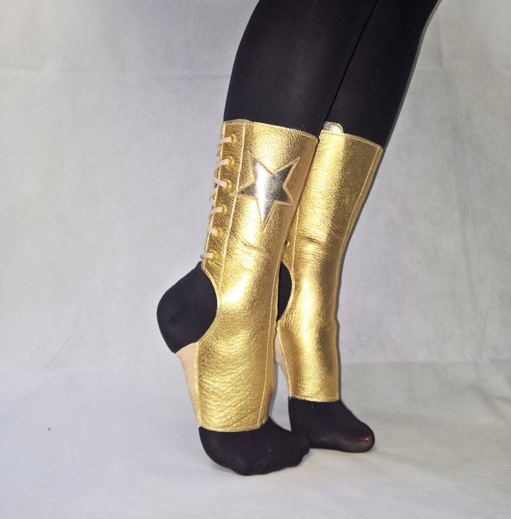Short GOLD Aerial boots w/ Star