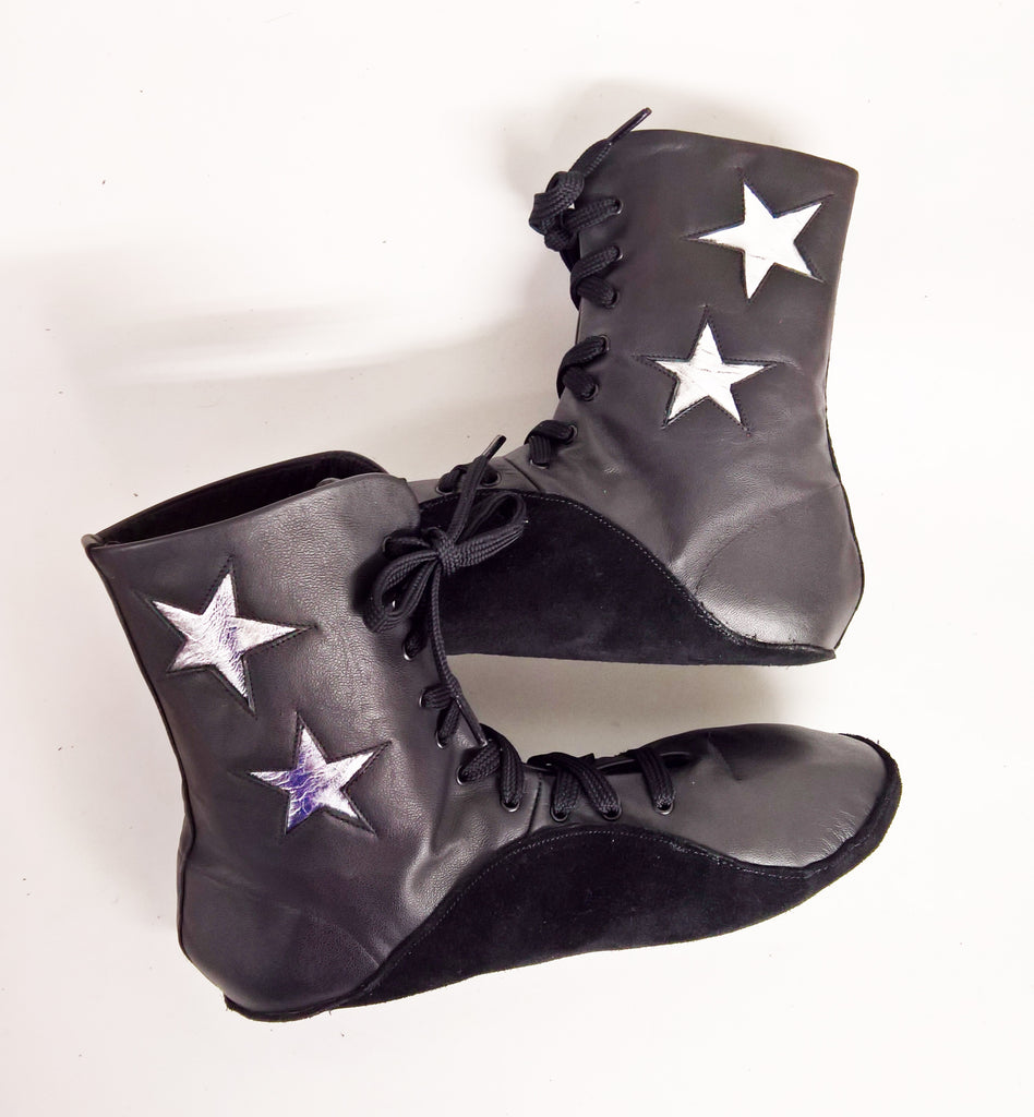 Black Tightrope Boots w/ Silver Stars UK 8