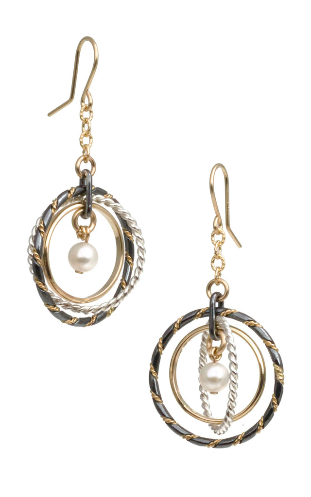 Fra Angelico Earring, mixed with white pearl - E91mW