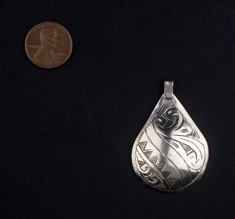 Engraved Silver Moroccan Pendant (50 x 33mm) - The Bead Chest