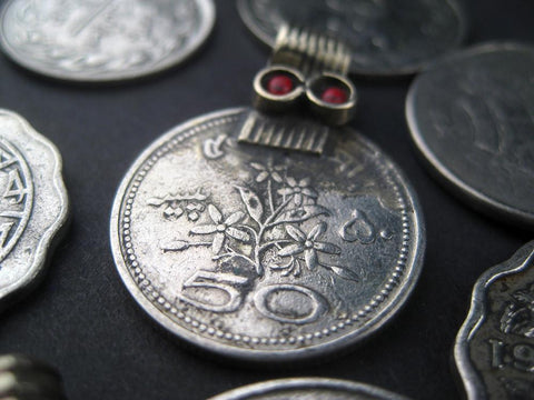 Image of Old Coin Pendants (Set of 8) - The Bead Chest
