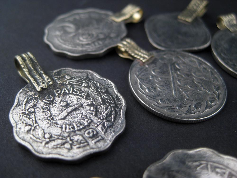 Old Coin Pendants (Set of 8) - The Bead Chest