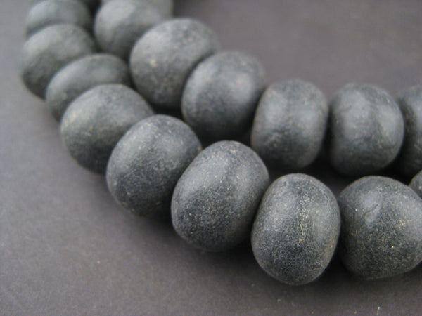 Black Moroccan Pottery Beads (Round - 16mm)
