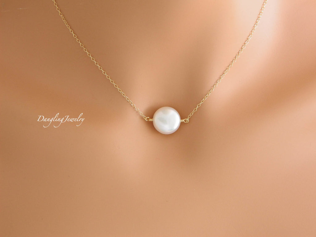 Dainty Coin pearl necklace