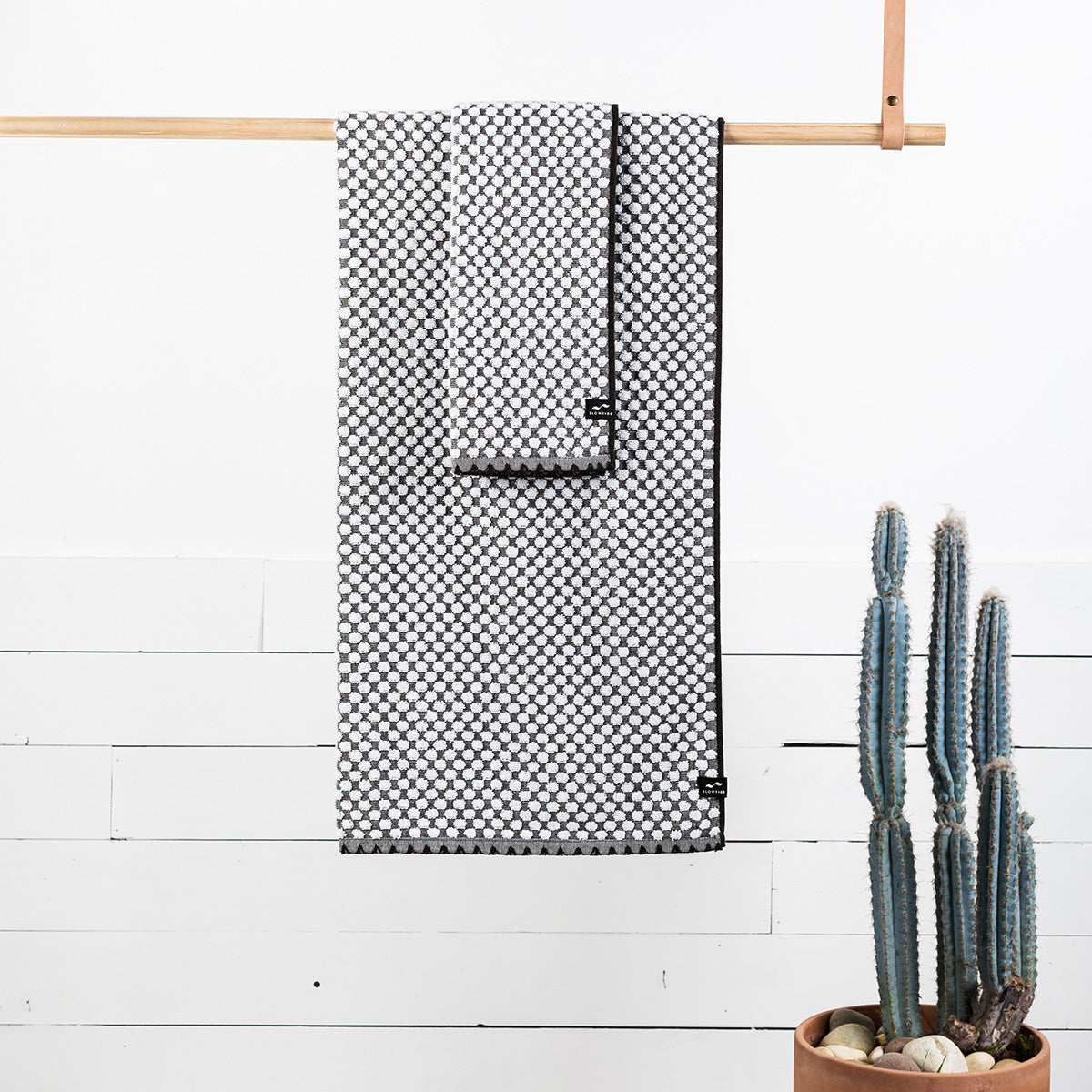 Clive Hand Towel - Stone - Slowtide
