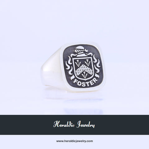 Foster family crest ring