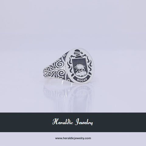 Rogan family crest ring
