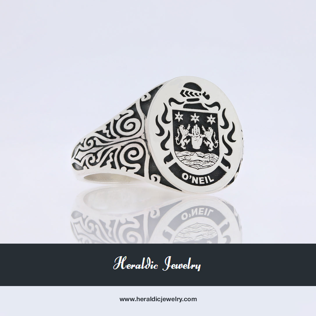 O'Neil family crest ring
