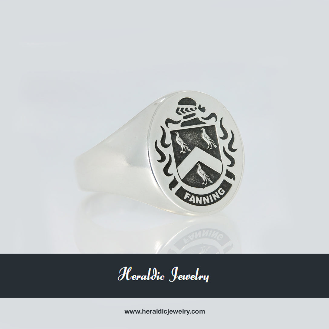 Fanning family crest ring
