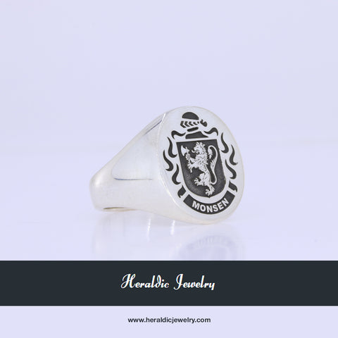 Norway family crest ring
