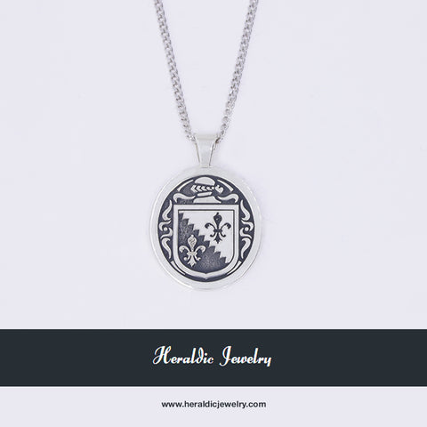 O'Shea family crest necklace