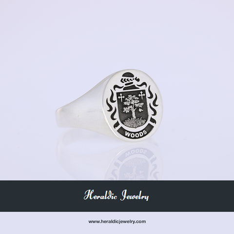 Woods family crest ring
