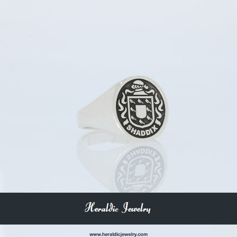 Shaddix family crest ring