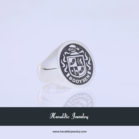 Booysen family crest ring