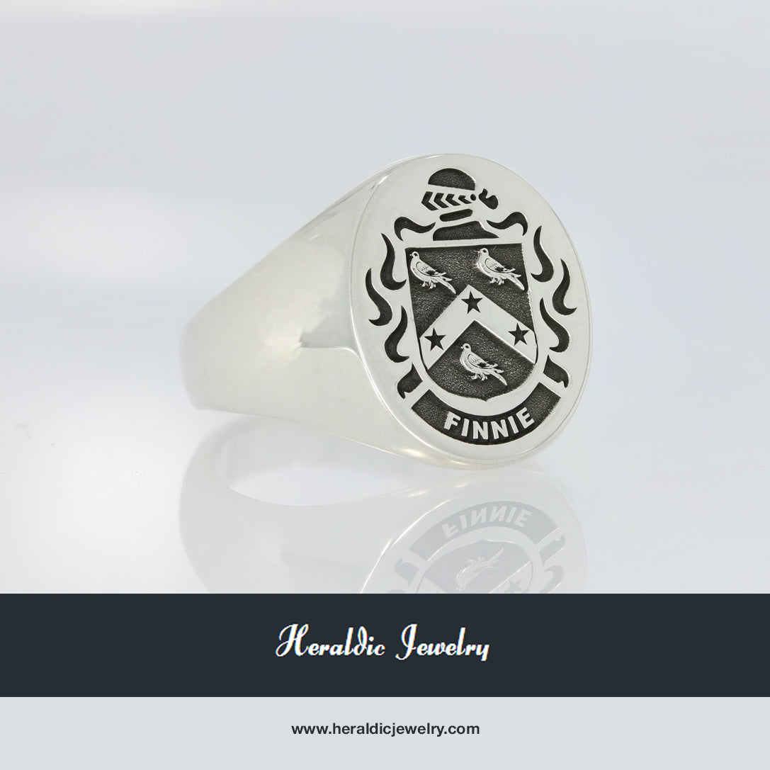 Finnie family crest ring