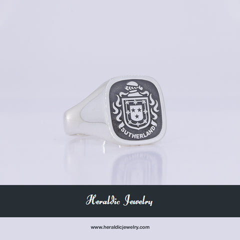 Sutherland silver crest ring