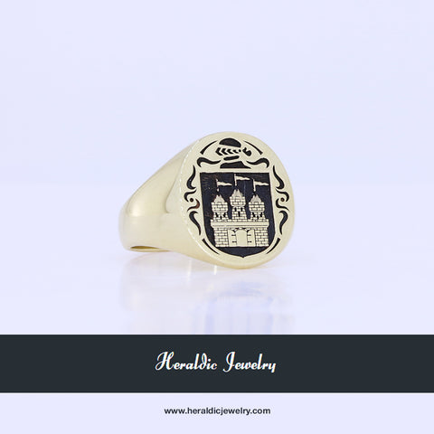 Gold family crest ring