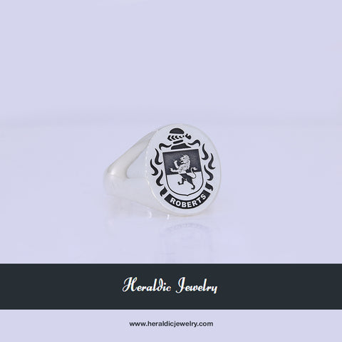 Roberts family crest ring