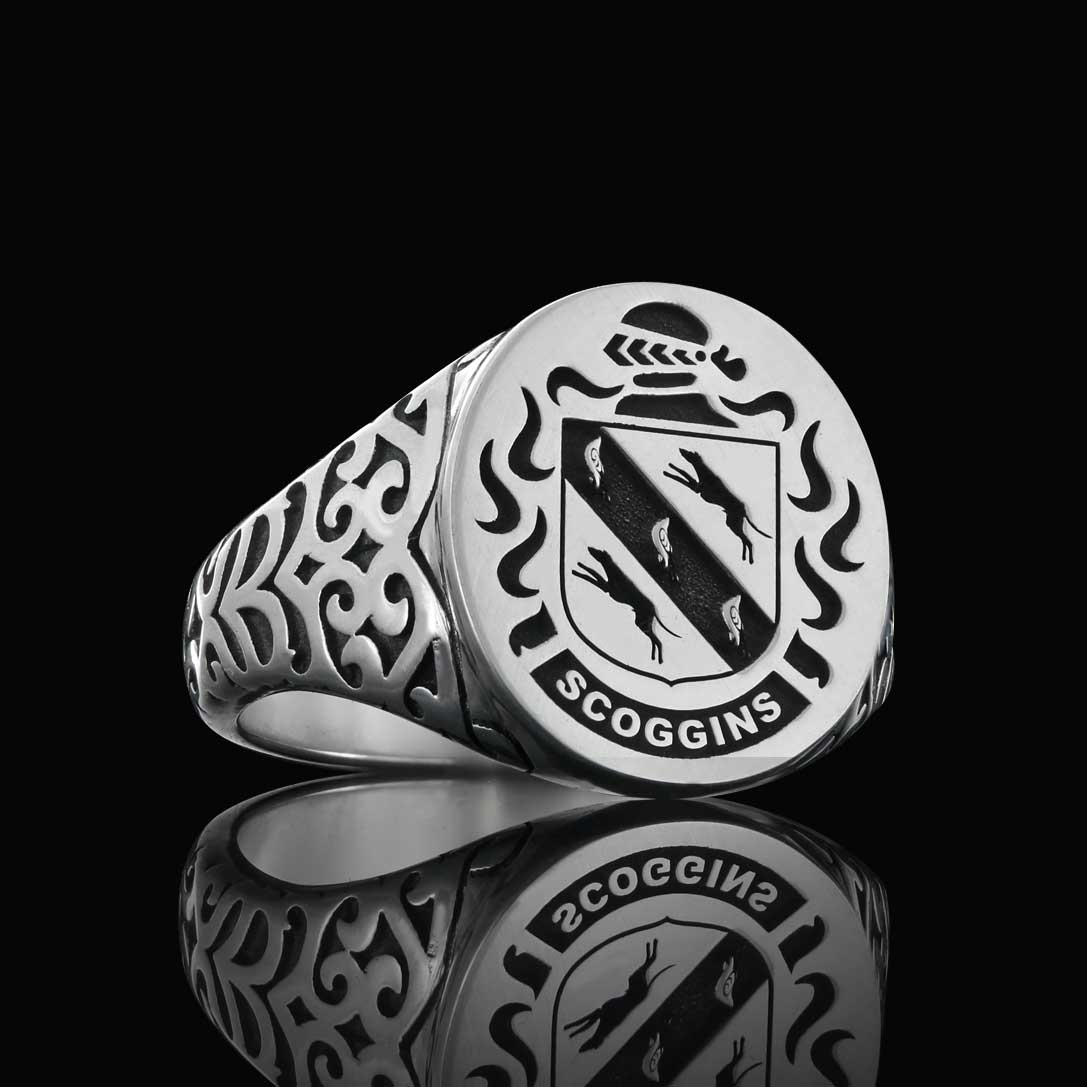Scoggins family crest ring