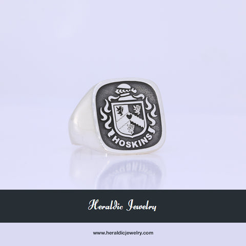 Hoskins family crest ring