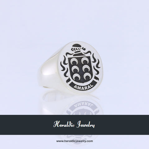 Amaral family crest ring