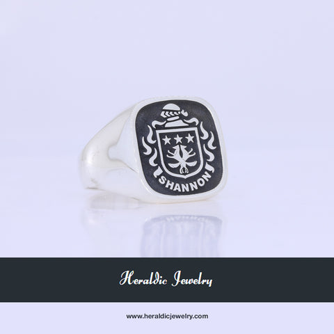 Shannon family crest ring
