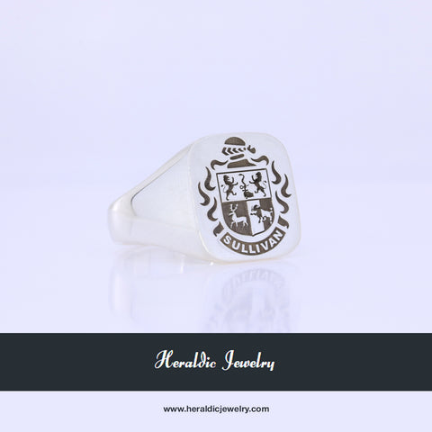 Sullivan family crest ring
