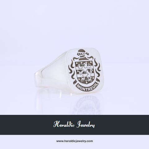 Montreuil family crest ring
