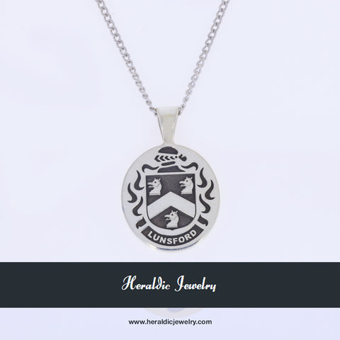 Lunsford family crest pendant