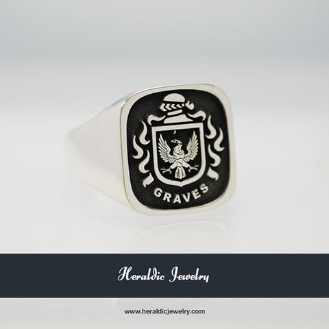 Graves family crest ring