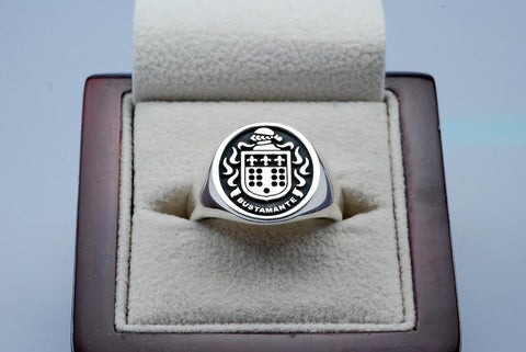 Bustamante family crest ring