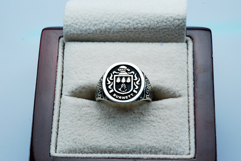 Burnett family crest ring
